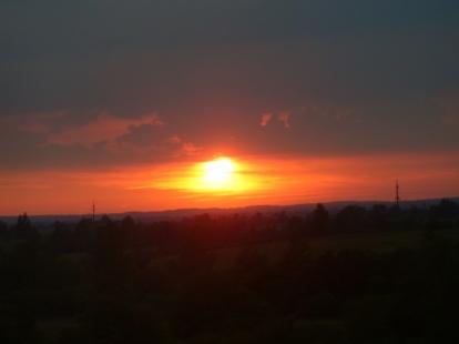 Zachód słońca w Rosji, przy granicy z Białorusią