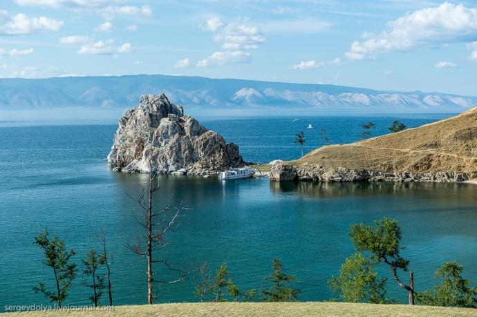 Wyspa Olchon - Skała Szamanka