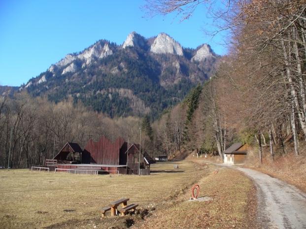 Widok na Trzy Korony - wiosna