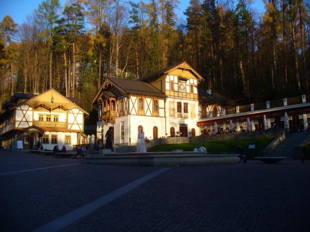 Plac Dietla - uzdrowiskowa dzielnica Szczawnicy
