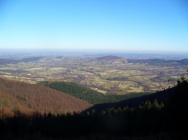 Widok spod Lubomira w kierunku Grodziska, zdjęcie wykonano 14 XI 2011