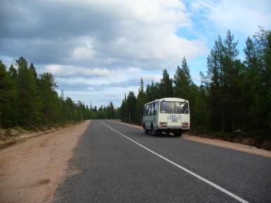 Droga Umba - Warzuga przecinająca Koło Podbiegunowe Północne