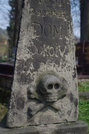 Motyw vanitas na cmentarzu w Lipnicy Murowanej