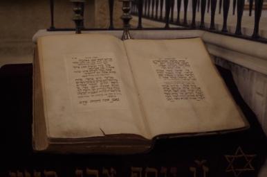 Stara Synagoga - jedna z ksiąg żydowskich