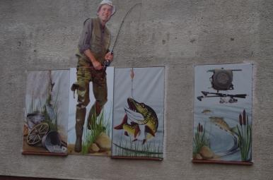Reklama sklepu wędkarskiego w Kętrzynie