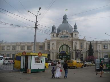 Dworzec kolejowy we Lwowie, 30 IV 2011