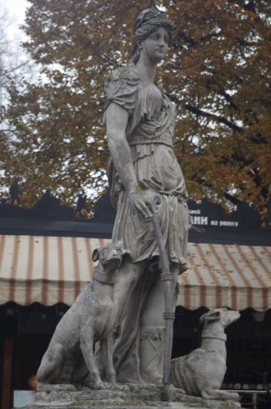 Pomnik Diany na Lwowskim rynku