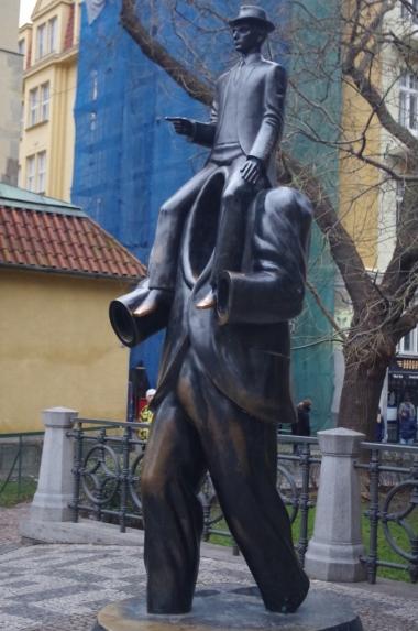 Pomnik Franza Kafki w Pradze