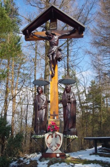 Kalwaria Tokarska - krzyż na Urbaniej Górze