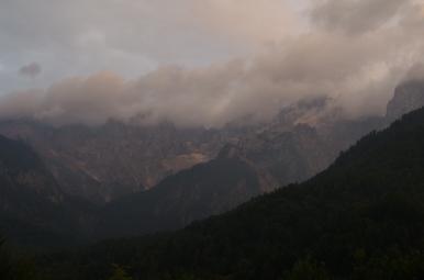 Alpy Julijskie o zachodzie słońca