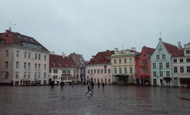Plac Ratuszowy w Tallinie