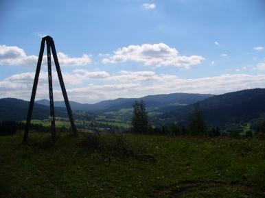 Czarny Dział i widok na Gorce, zdjęcie wykonano 10 VIII 2008 r.