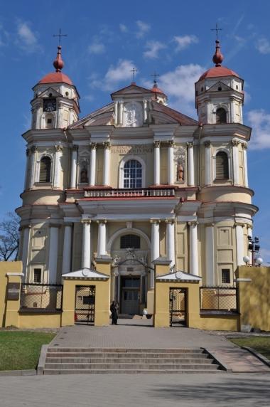 Kościół śś. Piotra i Pawła na Antokole w Wilnie, zdjęcie wykonano 18.04.2012 r.