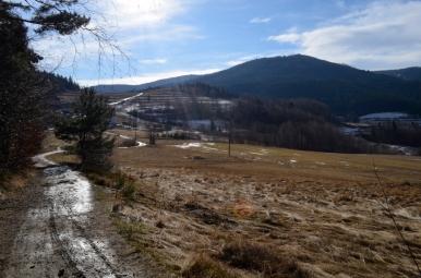 Na szlaku z Przełęczy Rydza-Śmigłego na Mogielicę, fot. Maja Cybulska