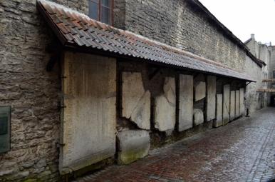 Kamienne mogiły w pobliżu klasztoru Dominikanów, Tallin