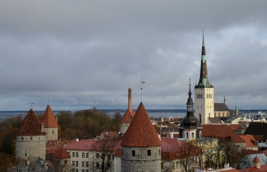Widok ze wzgórza Toompea na Tallin