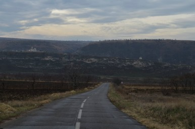 Droga prowadząca do Orheiul Vechi (Starego Orhei)